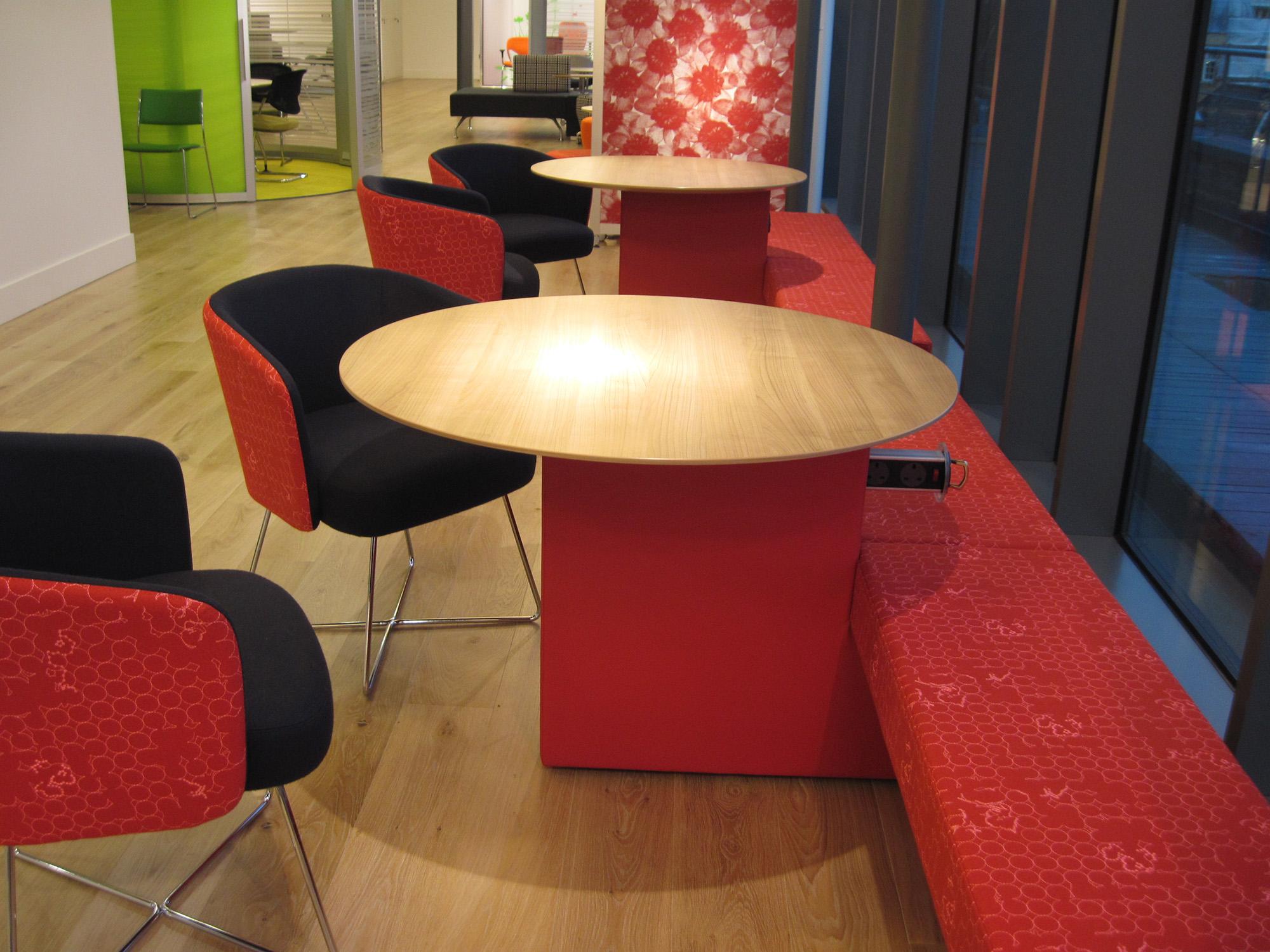 mobilier d attente mobilier wlc concept. Black Bedroom Furniture Sets. Home Design Ideas