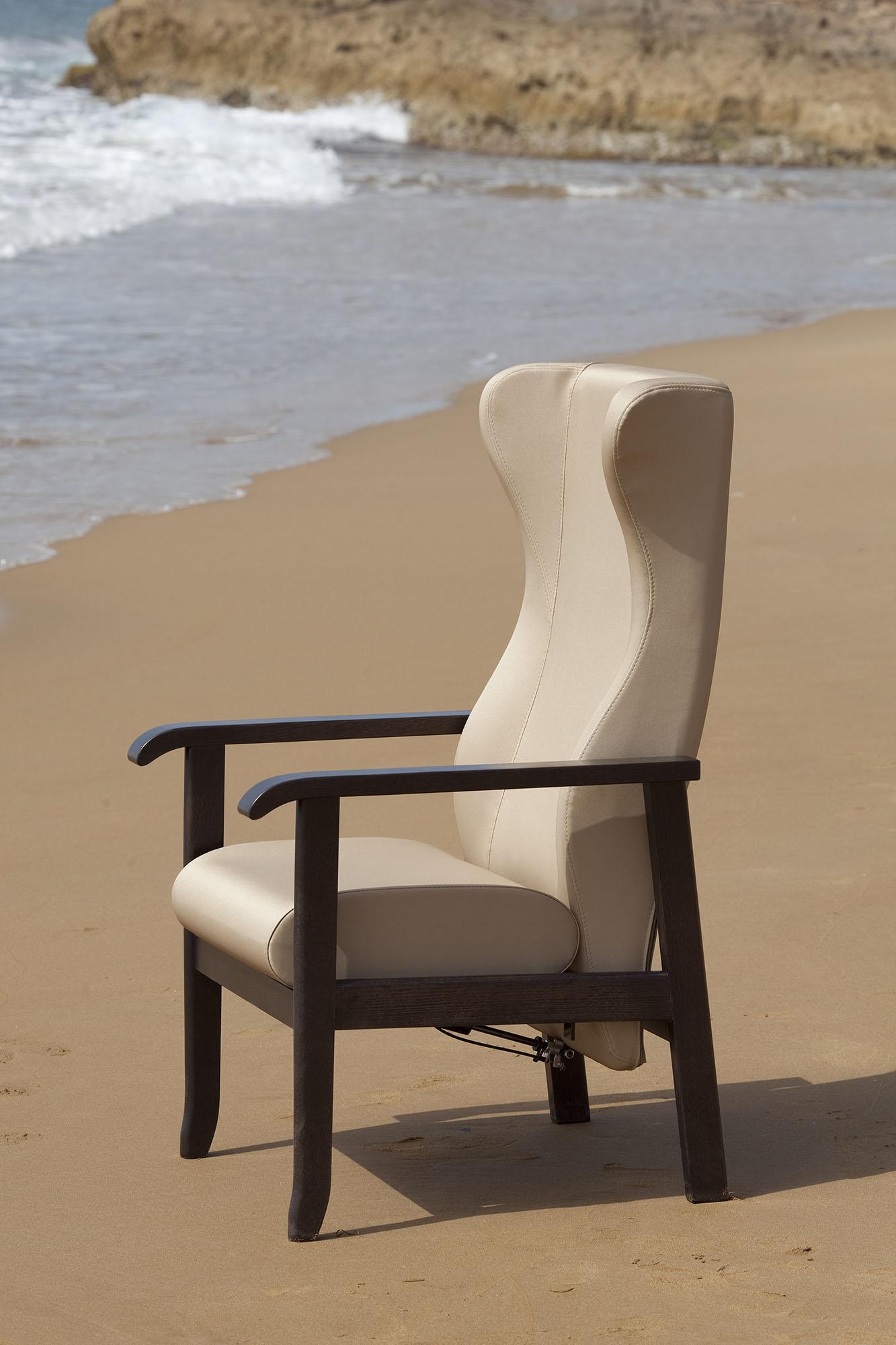 Chaises et fauteuils mobilier wlc concept for Mobilier concept