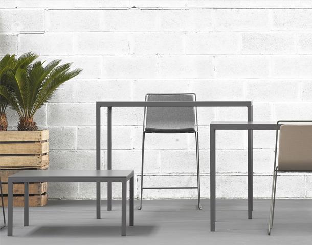 Tables restauration mobilier wlc concept for Tel meubles concept