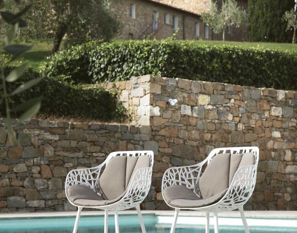 fauteuil forest blanc avec coussin